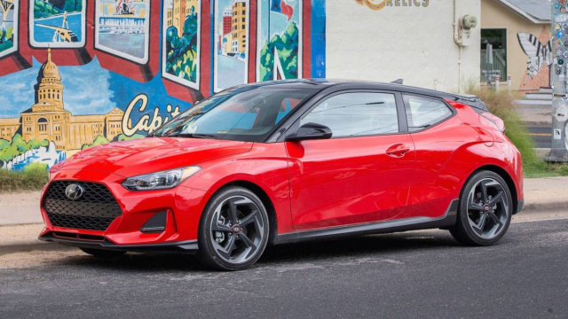 Hyundai Veloster hatchback may leave the assembly line