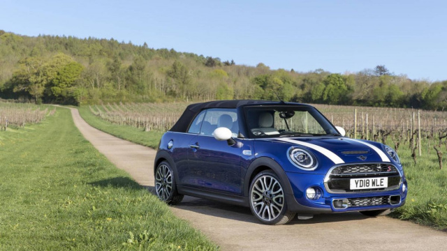 New generation Mini Convertible planned for 2025