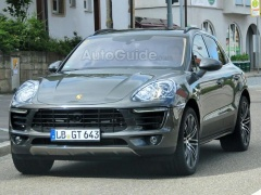 Porsche Macan Received Exclusive Sport Turismo Headlights pic #1664