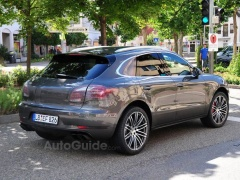Porsche Macan Received Exclusive Sport Turismo Headlights pic #1667