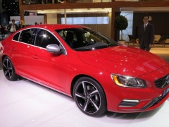 Volvo R-Design Vehicles Showed at LA pic #2082
