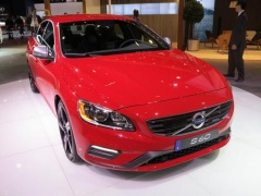 Volvo R-Design Vehicles Showed at LA pic #2083