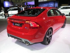 Volvo R-Design Vehicles Showed at LA pic #2087