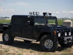 Tupac's Hummer H1 will be auctioned pic #5152