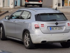 Mercedes Should Reveal GLA Facelift Next Monday pic #5410