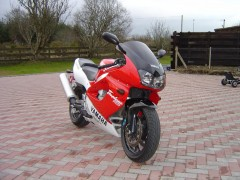 YZF1000R Thunderace photo #20674