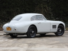 DB2 Vantage Saloon photo #105560