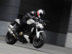 ducati streetfighter pic #67926
