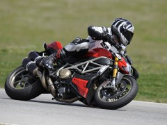 ducati streetfighter pic #67929