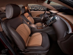Buick LaCrosse GL pic