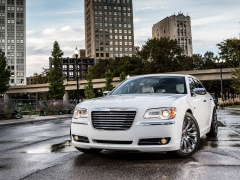 chrysler 300 motown edition pic #132721
