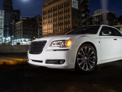 chrysler 300 motown edition pic #132732