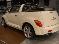 PT Cruiser Convertible photo #20599
