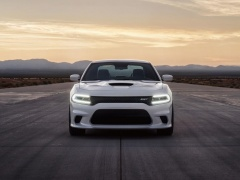 Challenger SRT Hellcat photo #127098