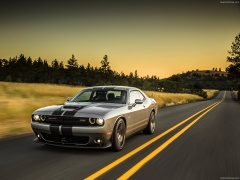 Challenger SRT photo #127272