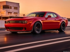 Challenger SRT photo #176629