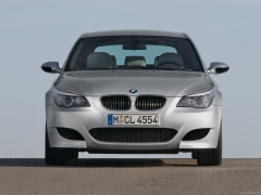 bmw m5 touring pic #40836