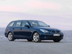 BMW 5-series Touring pic