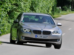 bmw 5-series touring pic #74123