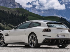 GTC4Lusso photo #166157
