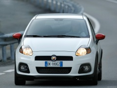 Grande Punto Abarth photo #47638