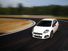 Grande Punto Abarth photo #47659