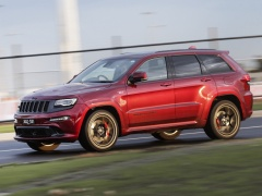 Grand Cherokee SRT photo #166185
