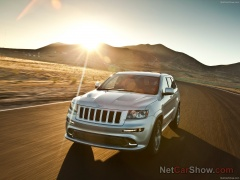 Grand Cherokee SRT-8 photo #92606