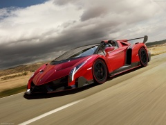 Veneno Roadster photo #107537