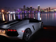Aventador LP 700-4 Roadster photo #109649