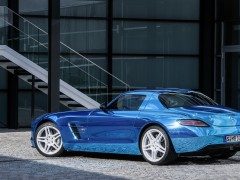 SLS AMG Coupe Electric Drive photo #109209