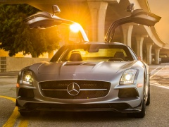 mercedes-benz sls amg coupe black series pic #109234
