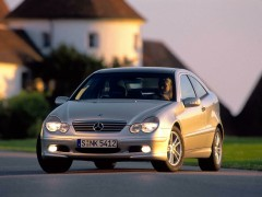C-Class Coupe photo #10959
