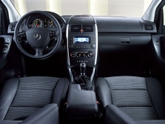 mercedes-benz a200 pic #11880
