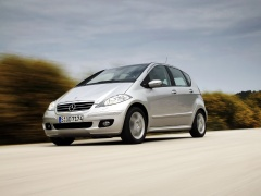 mercedes-benz a200 pic #11883