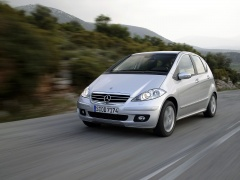 mercedes-benz a200 pic #11884