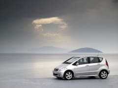 mercedes-benz a200 pic #11888