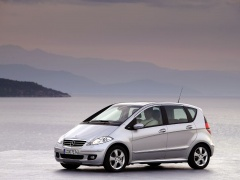 mercedes-benz a200 pic #11891