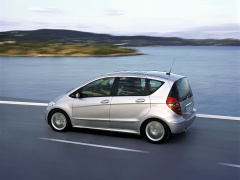 mercedes-benz a200 pic #11892