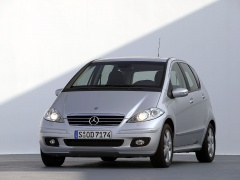 mercedes-benz a200 pic #11895