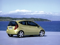 mercedes-benz a200 pic #11942