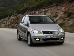 mercedes-benz a200 pic #11988