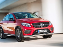 Mercedes-Benz GLE 450 AMG pic