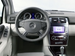 mercedes-benz vision b pic #13716