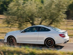 mercedes-benz c63 amg coupe pic #78708