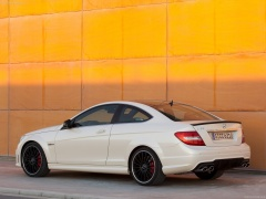 mercedes-benz c63 amg coupe pic #78715