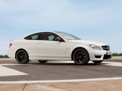 mercedes-benz c63 amg coupe pic #78719