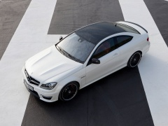 mercedes-benz c63 amg coupe pic #78721