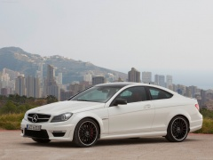 mercedes-benz c63 amg coupe pic #78722