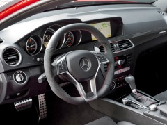 mercedes-benz c63 amg coupe pic #82697